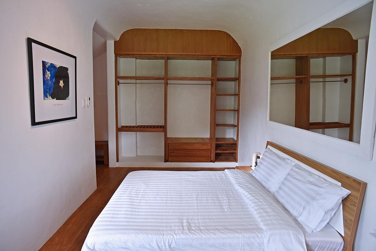 raffis-way-deluxe-room2-02