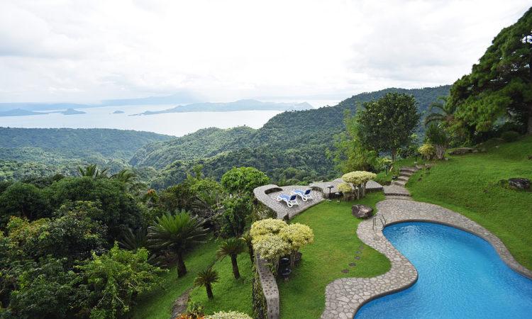 Raffi U0026 39 S Way  U2013 4 Bedroom Villa With Pool In Tagaytay